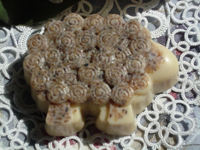 Irish Moss & Cranberry Seed Sheep Soaps